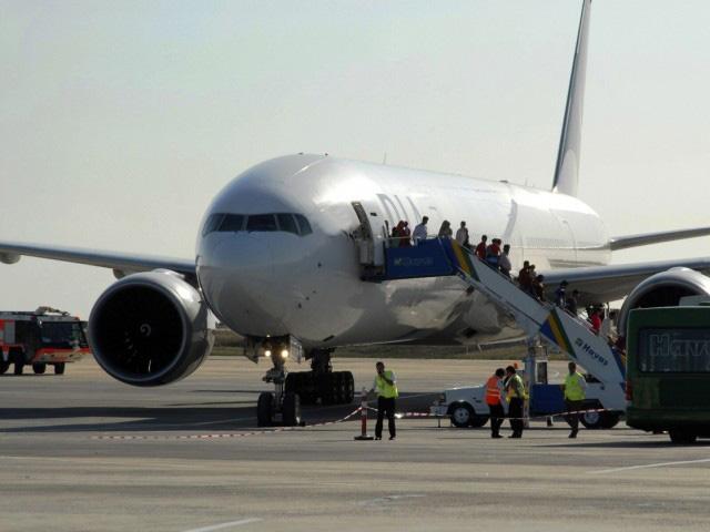 فرودگاه گناباد در حال حاضر از نظر اقتصادی به صرفه نمی باشد