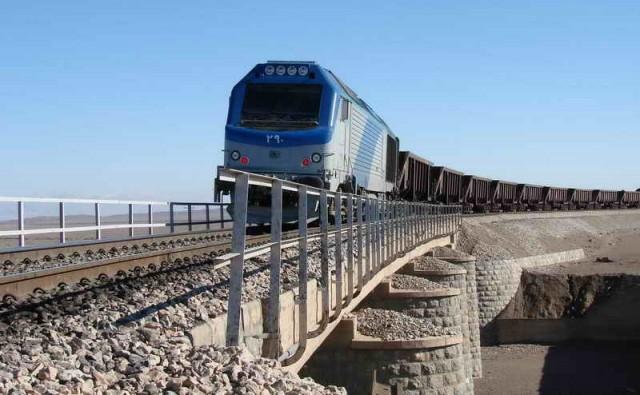 مطالعات فاز ۲ راه آهن شرق کشور انجام شده است